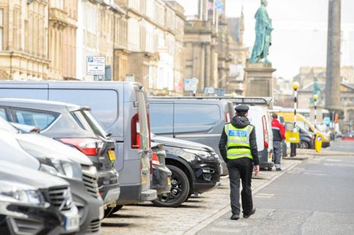 Edinburgh-Parking-Wardens-George-Street