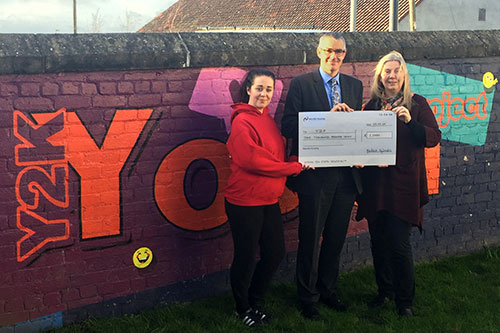 Melville-makes-£1k-donation-to-Midlothian-youth-project