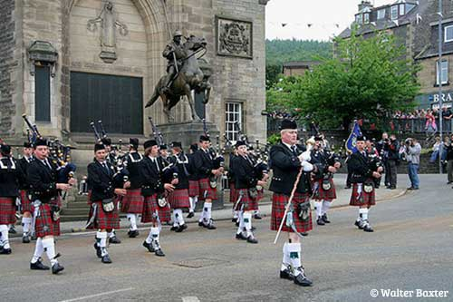 Pipe-Band-in-the-Borders